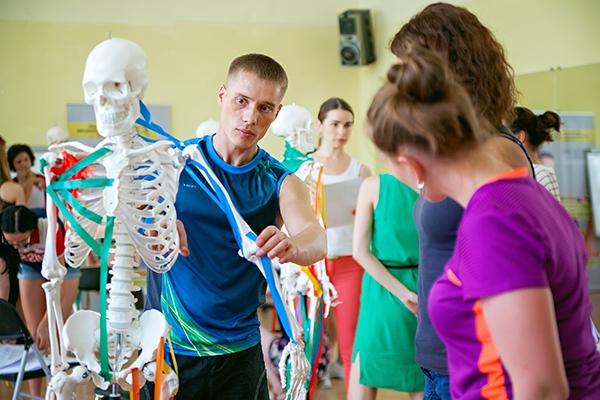 курсы рисования анатомии-для-художников-Артакадемия
